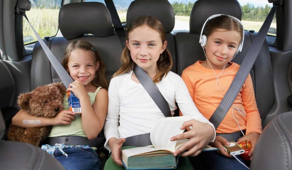 car-safety-three-kids-backseat