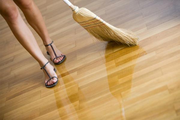 maintaining-floor-tiles