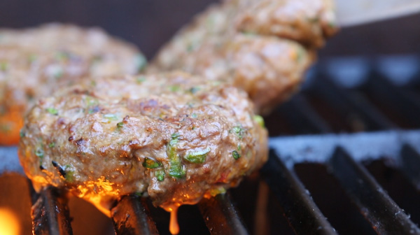 grill-burgers-without-falling-apart